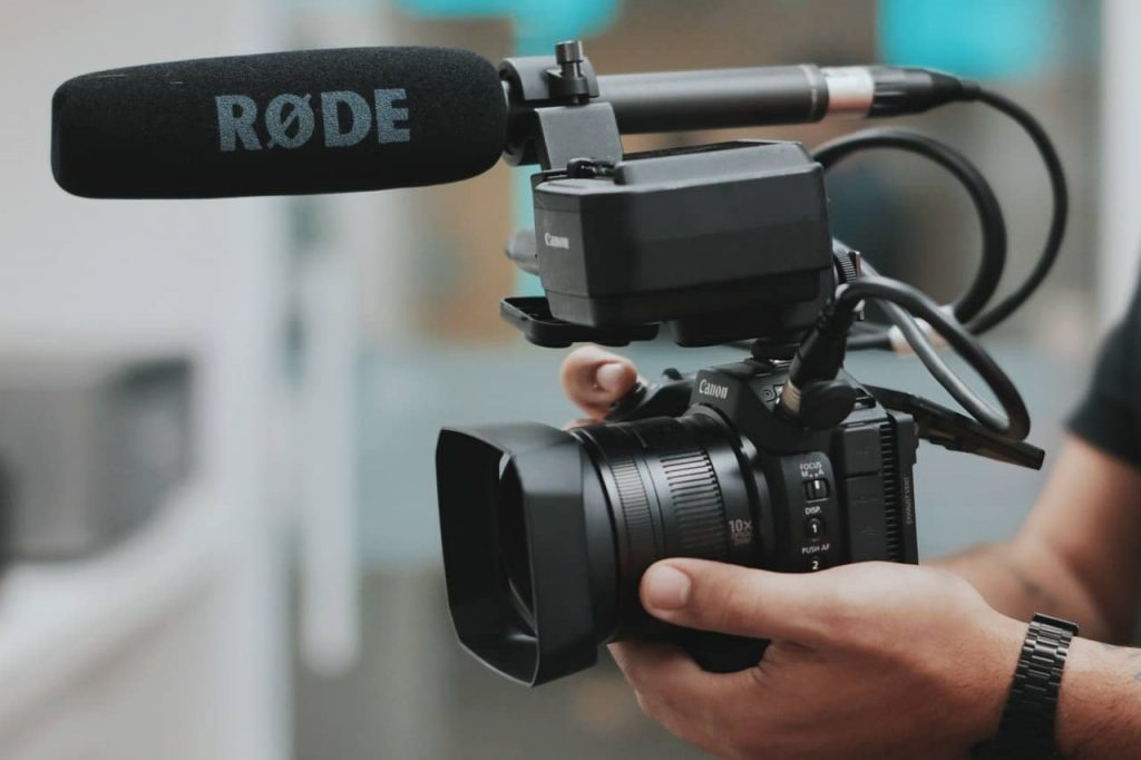 Quel matériel photo/vidéo pour devenir youtubeur ? 1